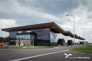 Szczegółowa kontrola na lotnisku w Szymanach