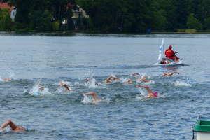 Miejsca na podium już zajęte. 34 Maraton Pływacki w Mrągowie