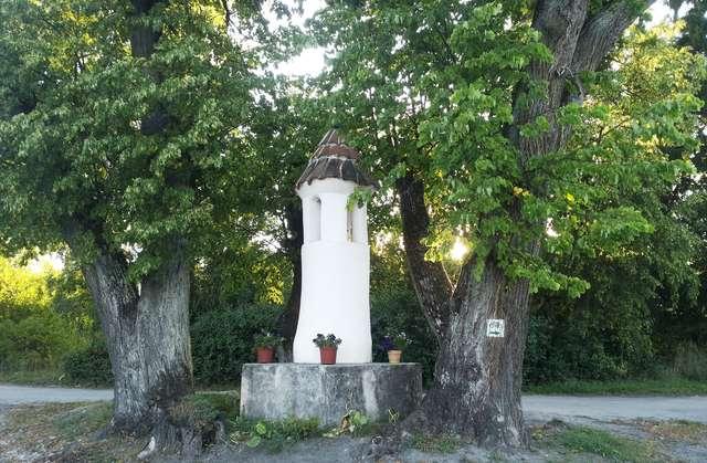 Kapliczka w Trękusie (1792)
