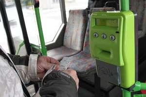 Bat na gapowiczów. Brak biletu w autobusie biletem wstępu do rejestru dłużników