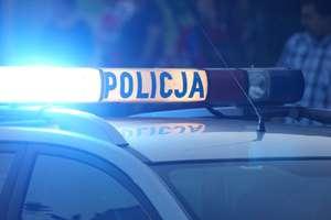 59-letnia kobieta rozbiła się na drzewie. Zginęła na miejscu