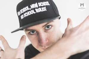 Hip-hop to nie jest palenie zioła, kaptur na łbie i ogólna zadyma