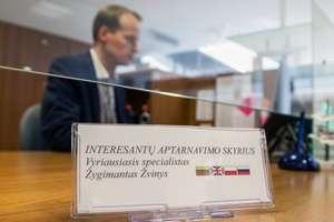 Wilno. Urzędnik przedstawi się po litewsku, odpowie po polsku
