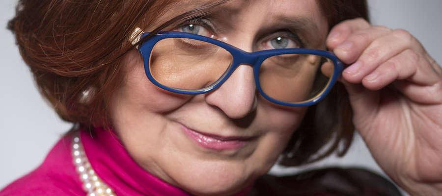 Hanna Brakoniecka, pisarka i artystka, przyznaje, że czasem zdarza się jej poprawiać swoich znajomych z kręgu kultury.