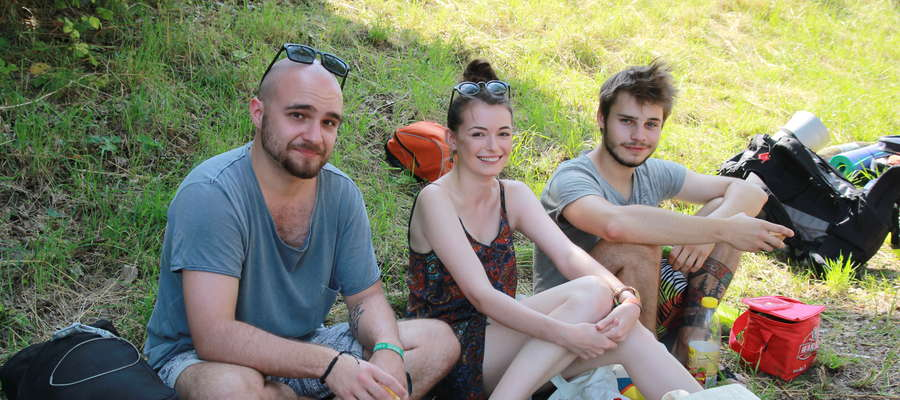 Iza, Kuba i Karol przyjechali na Ostróda Reggae Festival z Warszawy