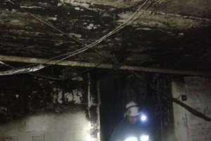 Strażacy 4 godziny walczyli z żywiołem. Z płonącego budynku ewakuowali 9 osób