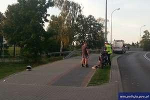 Pijany wjechał motorowerem w samochód. Trafił do szpitala