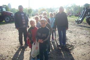 Uczniowie poznawali pracę rolników