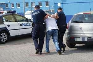 Poszukiwani w rękach policjantów z Mrągowa