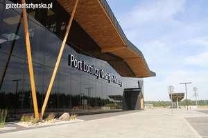 Wywiad i filmowa wycieczka po wnętrzu terminala lotniska Olsztyn - Mazury