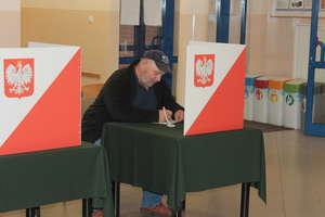 Pierwsze wyniki referendum. Frekwencja nieco powyżej 7%