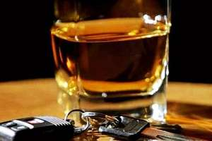 Po suto zakrapianych alkoholem urodzinach wsiadła do auta. Do domu nie dojechała