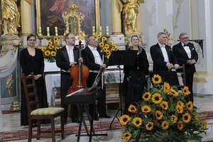 Pro Musica Antiqua zagra w kościele w Bisztynku