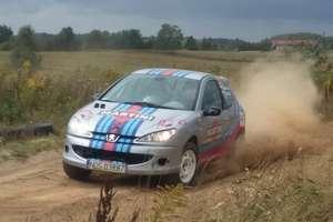 Załoga Rally Team Ostróda trzecia w szutrowym sprincie