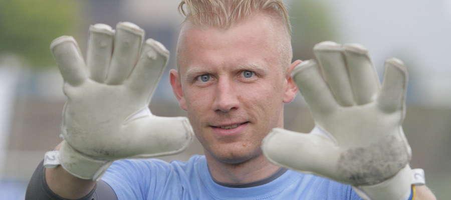 Piotr Skiba: Zaczęliśmy tworzyć własną markę rękawic. Interes coraz lepiej się rozwija. To fajne uczucie, kiedy w telewizji ogląda się mecz, a bramkarz ekstraklasy gra w moich rękawicach