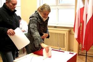 Wybory parlamentarne. Do godziny 17 głosowało 38,09% elblążan
