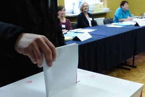 Pierwsze, nieoficjalne wyniki wyborów parlamentarnych