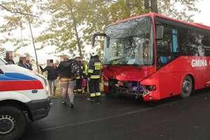 Wypadek busa z dziećmi. 6 osób w szpitalu