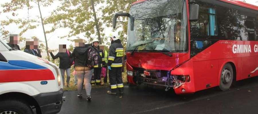 W październiku i listopadzie doszło do dwóch wypadków z udziałem gimbusów. Na zdjęciu bus z Giżycka