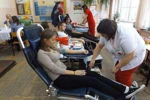 Oddawali krew w