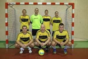 Futsalowe mistrzostwa powiatu: obrońca tytułu już na czele