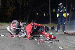Wypadek na Grunwaldzkiej. Skuter zderzył się z audi. Jednoślad zniszczony, jego kierowca w szpitalu