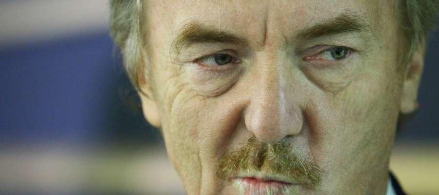 - Stomil ma jakieś problemy, mam jednak nadzieję, że tak samo jak najwcześniej zostaną rozwiązane - mówi Zbigniew Boniek.