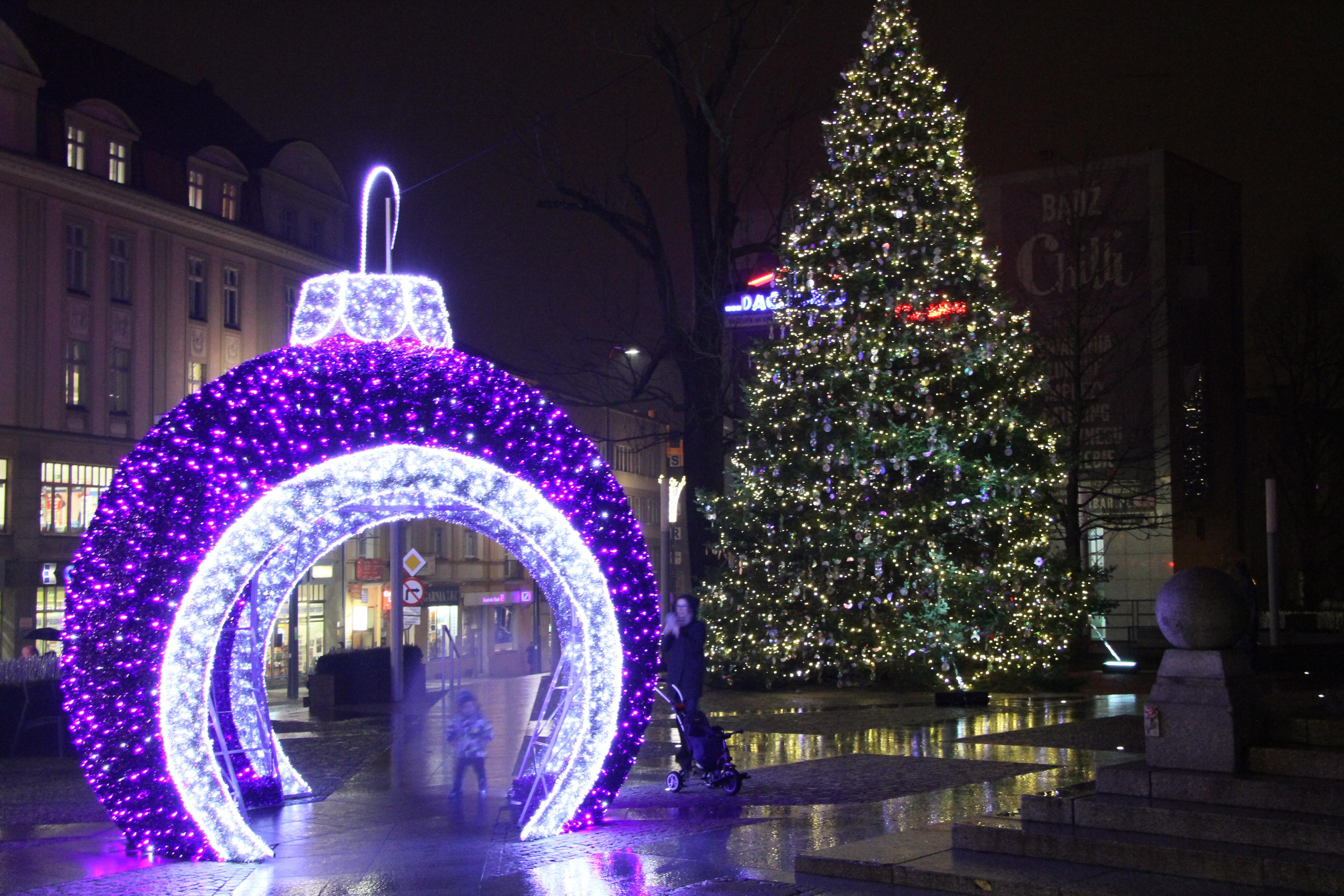 Rozpoczął się Warmiński Jarmark Świąteczny w Olsztynie! Sprawdź program i wszystkie atrakcje