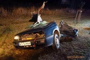 Zderzenie dwóch aut na DK 51. Jeden z kierowców nie żyje