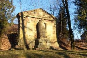Atrakcja na czwartek: Pomnik poległych strzeżony przez Chrystusa