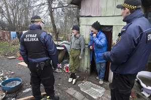 Koczowiska bezdomnych w Olsztynie pękają w szwach przed świętami... [ZDJĘCIA]