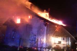 Groźny pożar domu. W płomieniach zginął mężczyzna