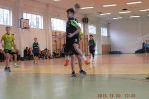 Piłkarze ręczni z Bartoszyc niepokonani w lidze wojewódzkiej