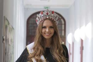 Magdalena Bieńkowska z Mikołajek zaprezentuje dziś Polskę na wyborach Miss World 2017 w Chinach