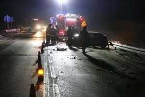Trudne warunki na drogach: wypadek na DK 58 i wojewódzkiej 544