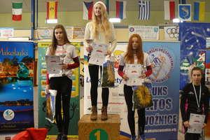 Oliwia i Karolina wybiegały w Mikołajkach podium
