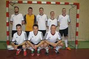 Futsalowe mistrzostwa powiatu: porażka Deluxu, Victoria liderem