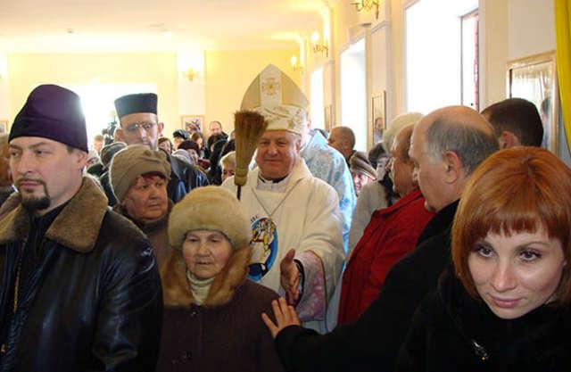 Poświęcenie nowej kaplicy w Mariupolu - full image