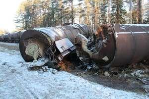Wykoleił się pociąg na trasie Giżycko - Ełk. 12 wagonów wypadło z torów