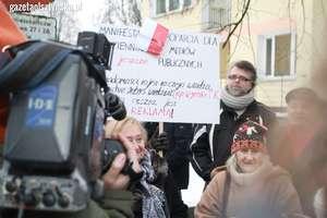 Protestowali w Olsztynie przeciwko nowej ustawie medialnej