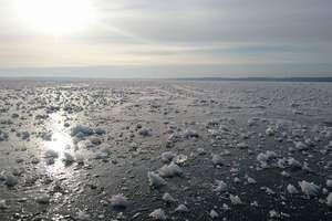 Jeziora skute lodem. Poduszkowce MOPR w pogotowiu