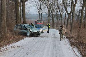 Karetka miała trudności z dojazdem do rannej w wypadku w Mołdytach