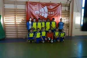 Udział uczniów  SP Bisztynek w turnieju piłkarskim