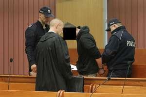 Siedem lat więzienia za zabójstwo wujka. Jest wyrok w procesie 19-letniego Cezarego B.