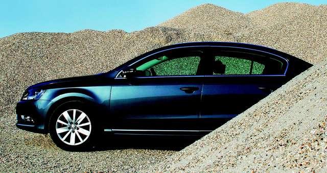 Volkswagen wstrzymał produkcję passata - full image