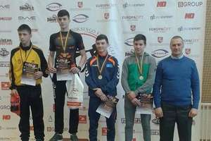 Michał Kuźniak z Bartoszyckiej Szkoły Taekwondo wygrywa mistrzostwa Litwy w kickboxingu