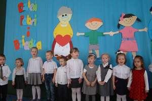 Dzień Babci i Dziadka w Przedszkolu Miejskim nr 3 w Działdowie, grupa II