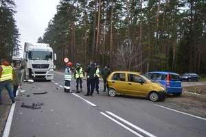 Zderzenie czterech pojazdów na trasie Pisz - Ruciane-Nida