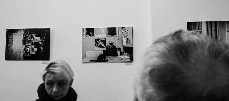 Zdjęcie Michała Kalbarczyka na wystawie w Gdańsku