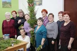 Seniorzy zrobili 3-metrową palmę